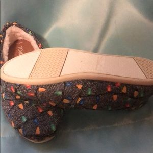 Toms Shoes - Girls Fleece lined Toms
